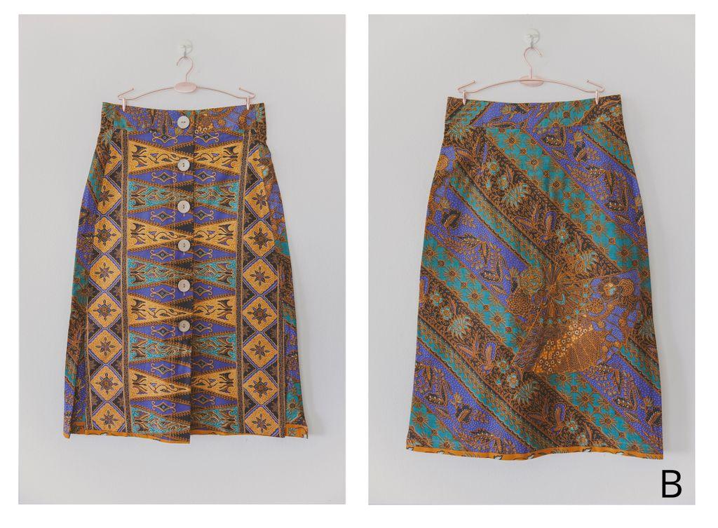 Batik Button Skirt XS 03.jpg