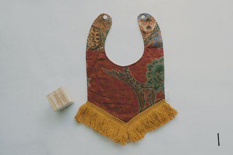 Batik Bib 1.jpg