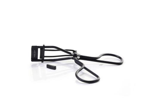 eyelash curler black mini.jpg
