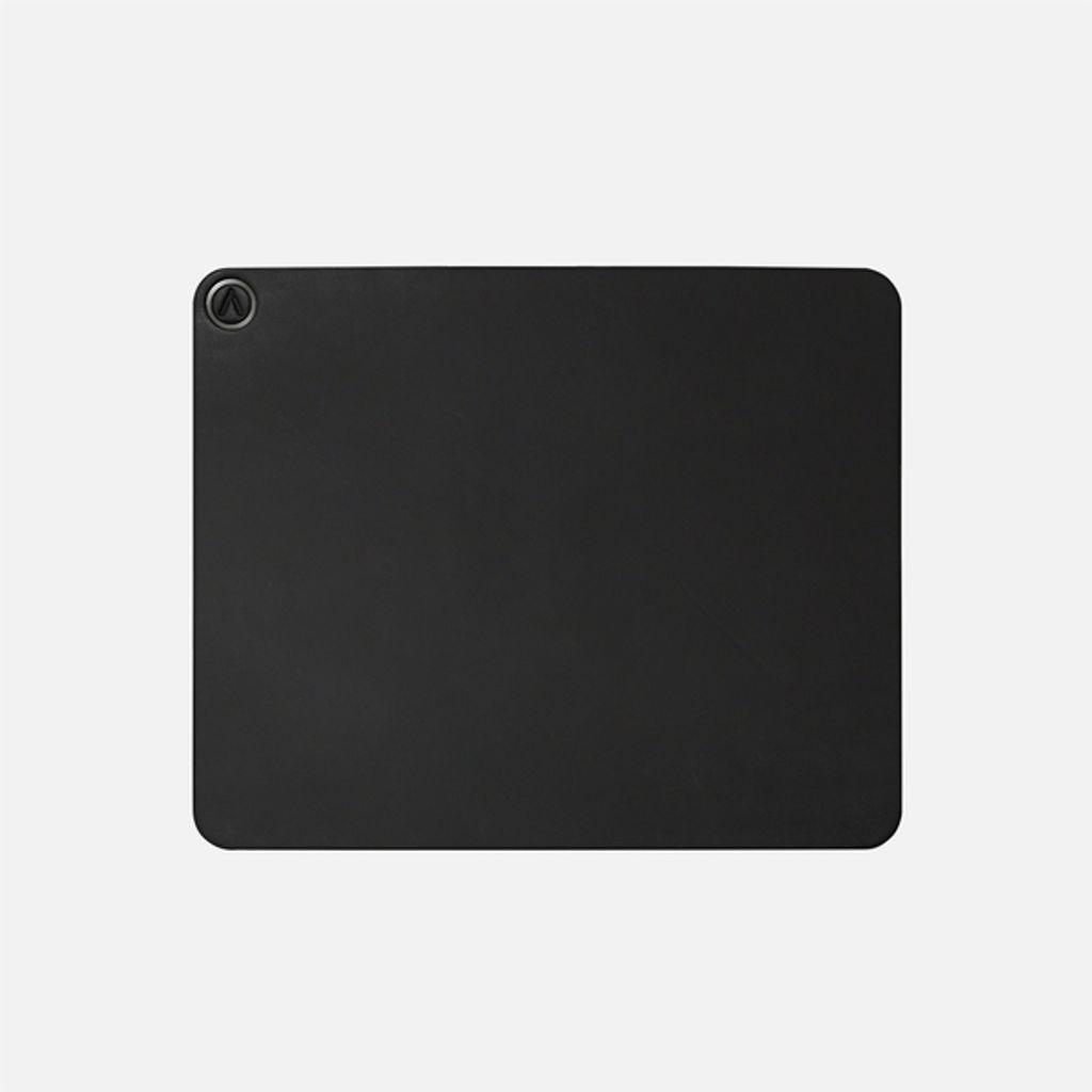 1000x1000-black-3_16970c5ae0d51d0a7ece.jpeg
