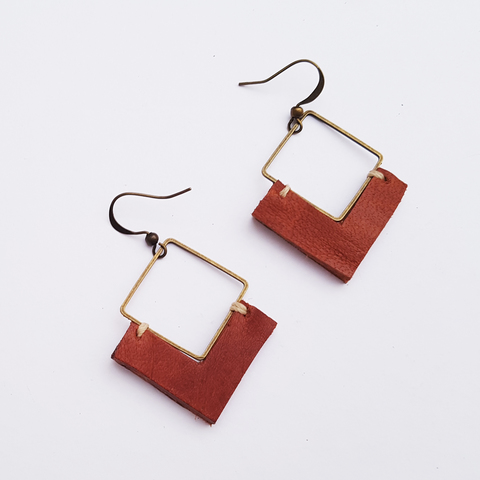 KE12 Earrings 11.jpg