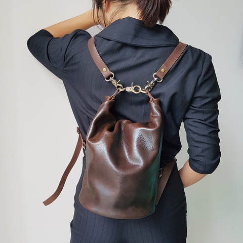 A37M Barrel Bucket Bag 30.jpg