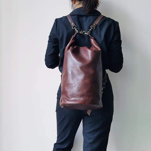 A37L Barrel Bucket Bag 22.jpg