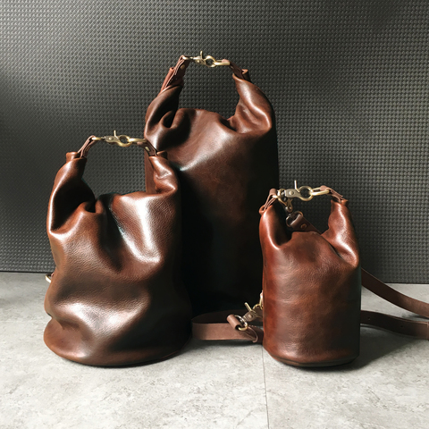A37 Bucket Barrel Bag 03.jpg