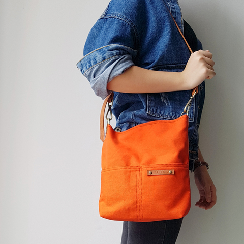 LS14 Shoulder Bag (S) 10.jpg