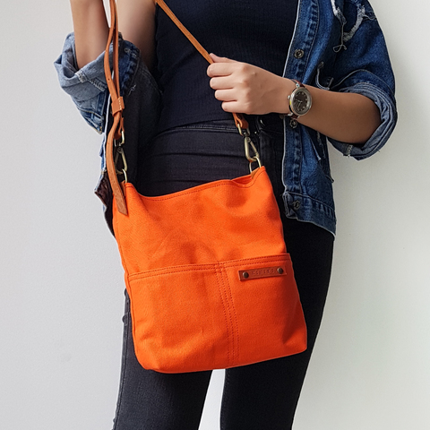 LS14 Shoulder Bag (S) 13.jpg