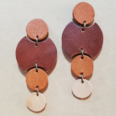 KE33 Rounds Drop Earrings 05.jpg