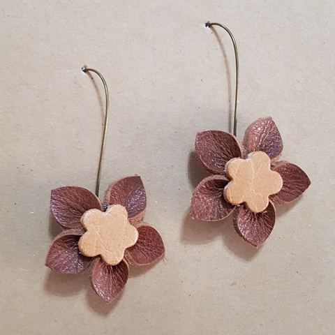 KE23 Flower Hook Earrings 08.jpg