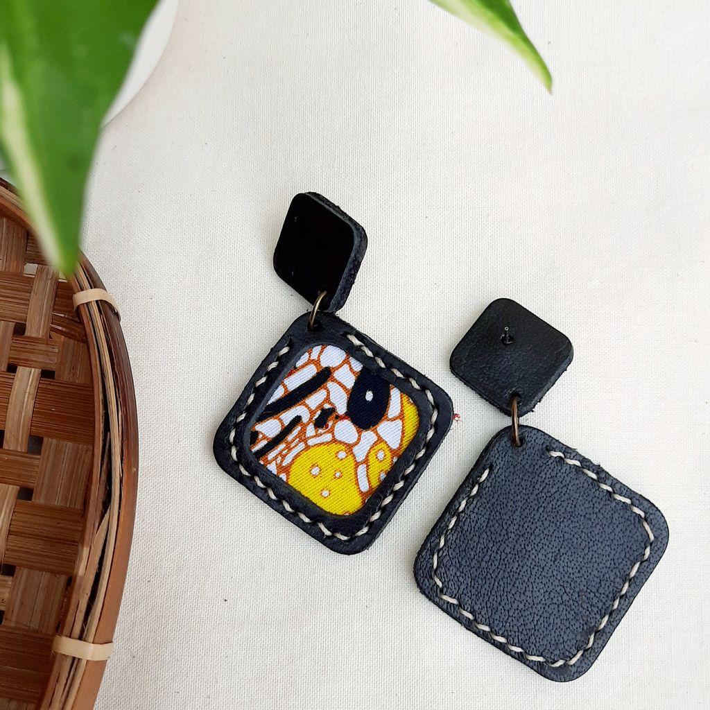 KE46 Batik Square Stitched 01.jpg
