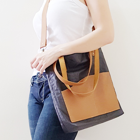 Leather Tote Bag E.jpg