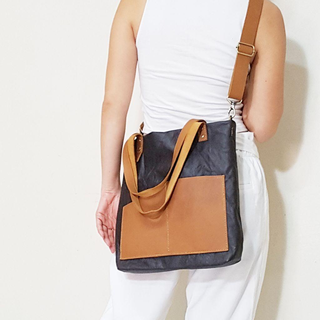 Leather Tote Bag G.jpg