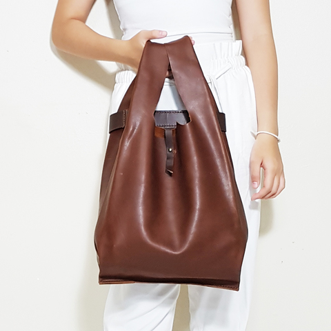 LEATHER SINGLET SHOULDER BAG - DARK BROWN D.jpg