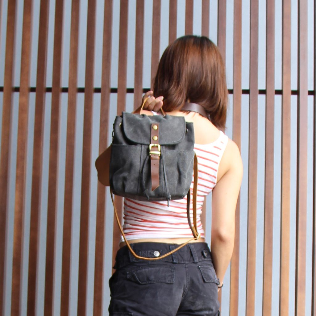 Leather Strap Mini Backpack measurement and pockets.jpg
