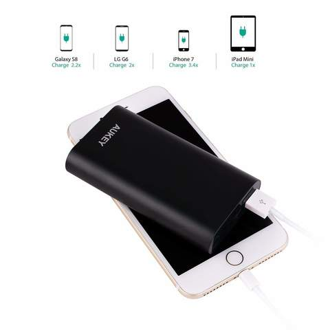 Aukey-PB-T15-10050-Power-Bank-5.jpg