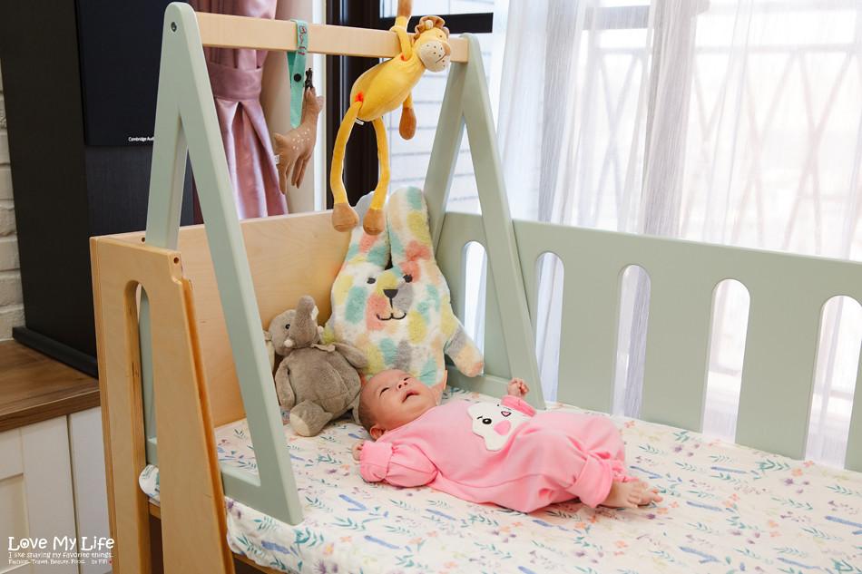 嬰兒床邊床搭配健力架.jpg