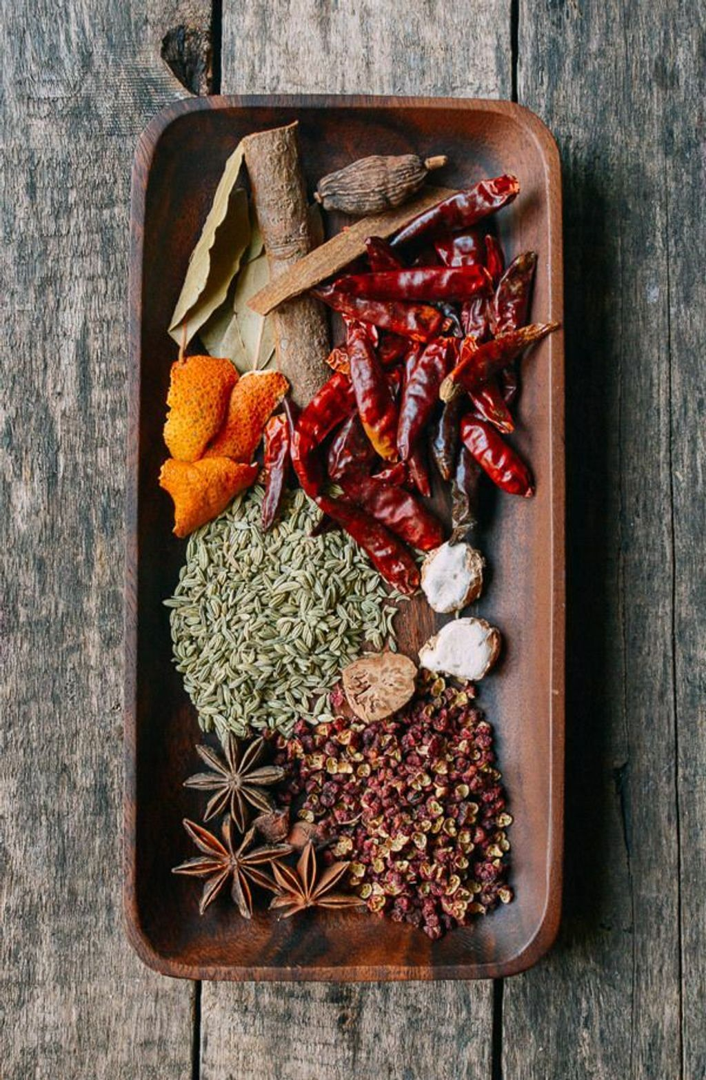 Ma La Xiang Guo (Spicy Numbing Stir-fry Pot).jpg