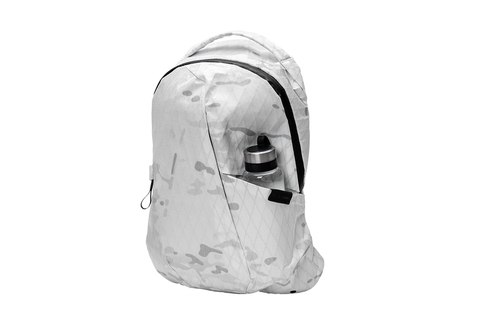 Multicam White Alpine - 3Front Pocket1000.jpg