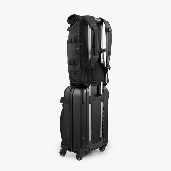 vx_suitcase_send_grande_1285dff2-0209-4ad4-9b7f-2da84a03592a_1024x1024.jpg