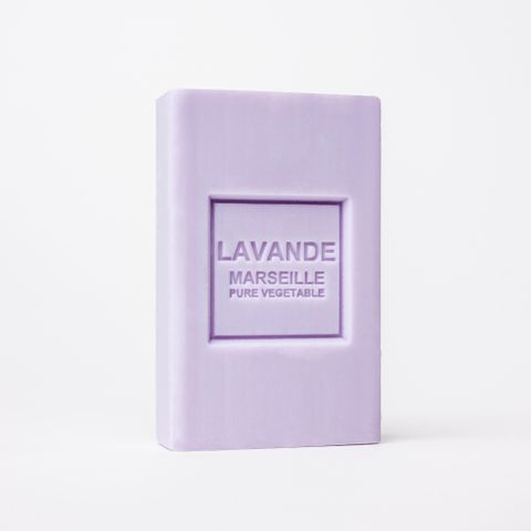 05-Lavender-shea-butter-soap-1_0d1d73b8-3e54-4fc8-96b1-4b56b6c4cc8c.jpg