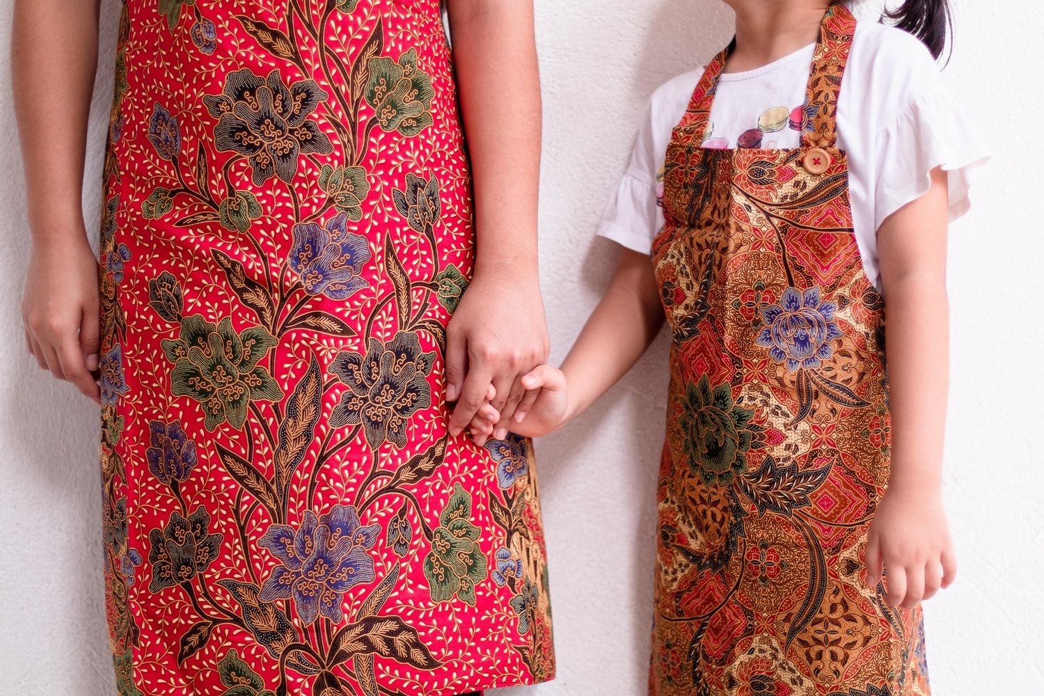 Dignity's Online Shop | Matching aprons for you and your little one!