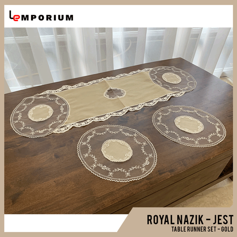 - ROYAL NAZIK - JEST TABLE RUNNER - GOLD.png