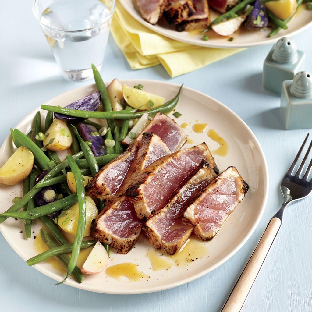 Tuna steak sashimi cooked.jpg