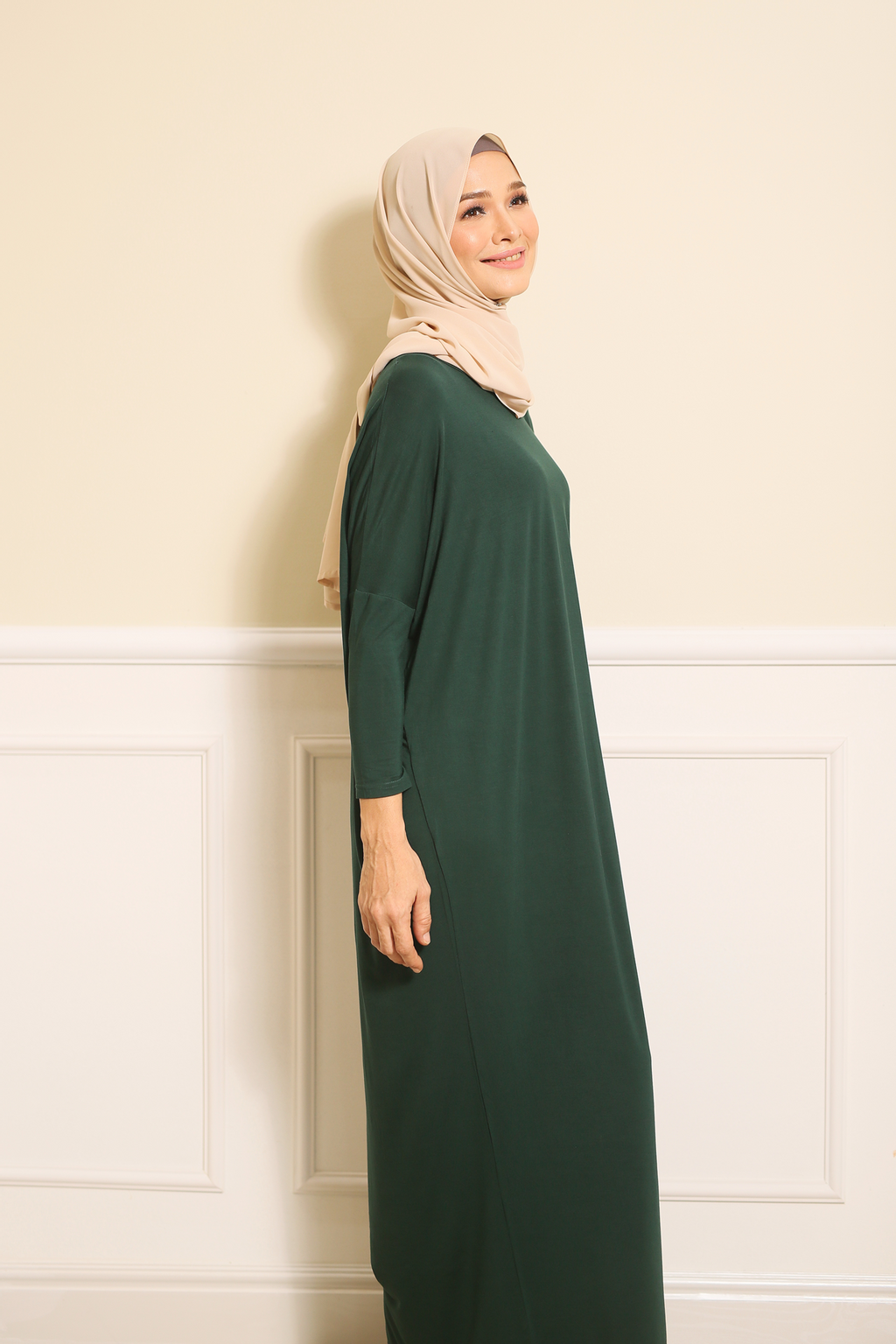 Batwing Dress in Green 1.png