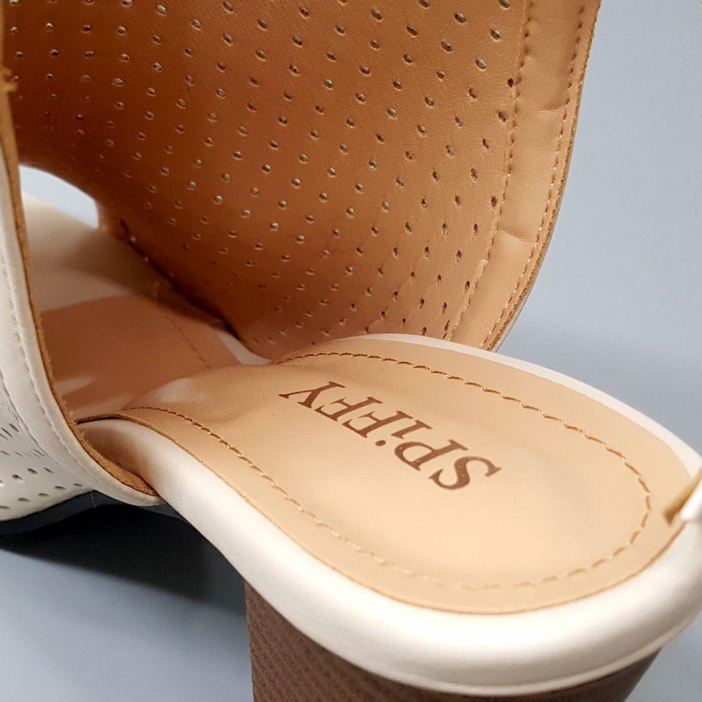 Rome Style Hollow Chunky Heels Sandals BGE D1.jpg