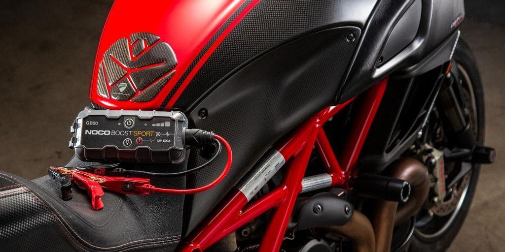 NOCO-GB20-Boost-Sport-Jump-Starter-4-Liter-Gas-Powersport.jpg