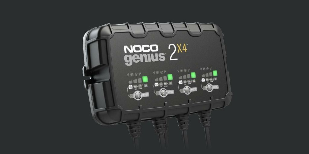 NOCO-GENIUS2X4-Multipurpose-Multibank-Charger-Interface-buttons-and-LEDs.jpg