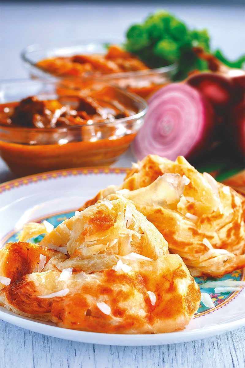 Products-Flat-Bread-Roti-Pratha-roti-bawang-mamak-style-product-Presentation
