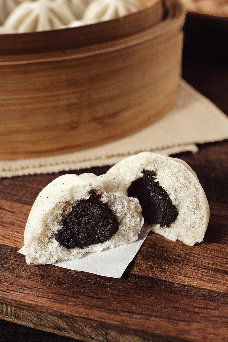 Products-steamed-bun-mini-black-sesame-product-presentation