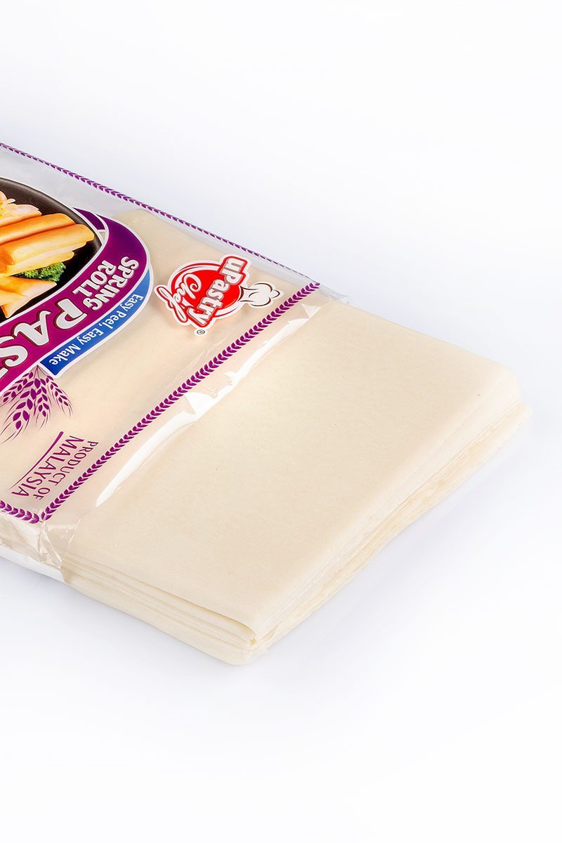 Products-upastry-spring-roll-pastry-7.5-inch-product-with-packaging