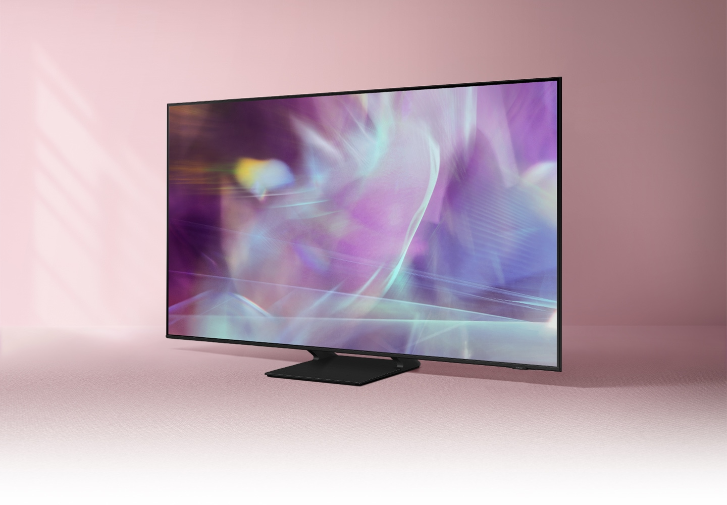 Q60A displays intricately blended colour graphics which demonstrate long-lasting colours of Quantum Dot technology.
