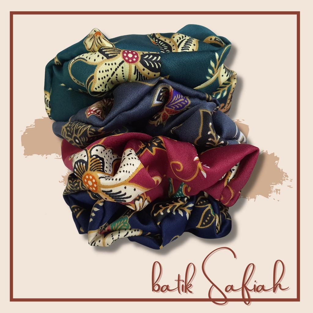 Scrunchies Batik Safiah by Nouvya.png