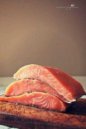 Salmón ahumado con especias - Smoked salmon.jpg