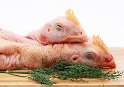 frozen-chicken-neck-and-heads-1535838212-4255043.jpeg