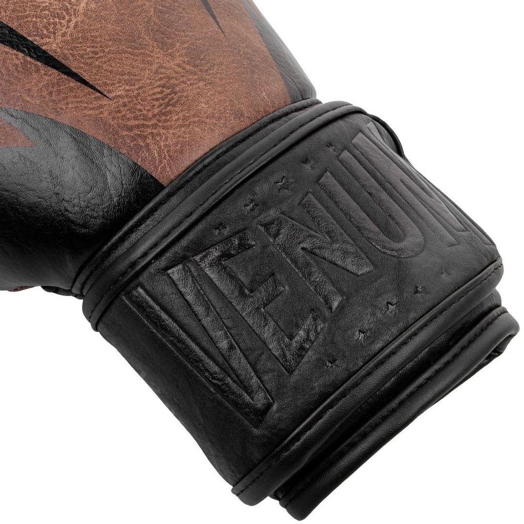 authentic_venum_impact_classic_boxing_gloves_brownblack_1546951511_b2607f0a3_progressive.jpeg