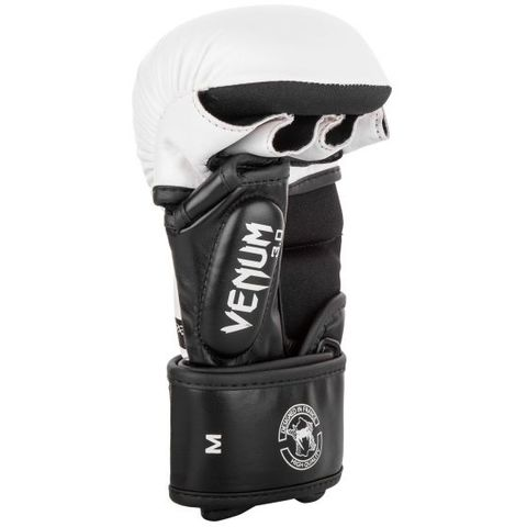 d16558030aaa6a895f6705bdb8fed67c765f16b4_SPARRING_GLOVES_CHALLENGER3.0_WHITE_BLACK_1500_02__1_.jpg