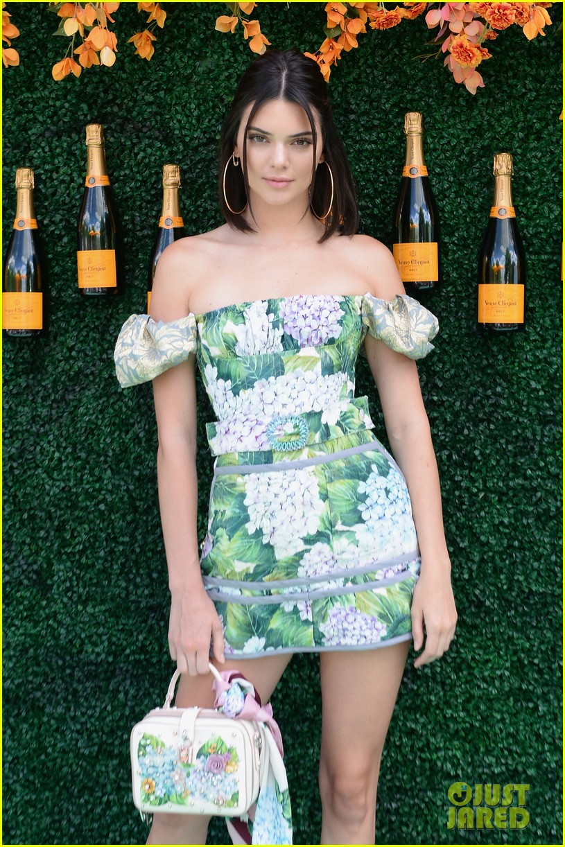 kendall-jenner-rocks-florals-for-veuve-clicquot-polo-event08.jpg