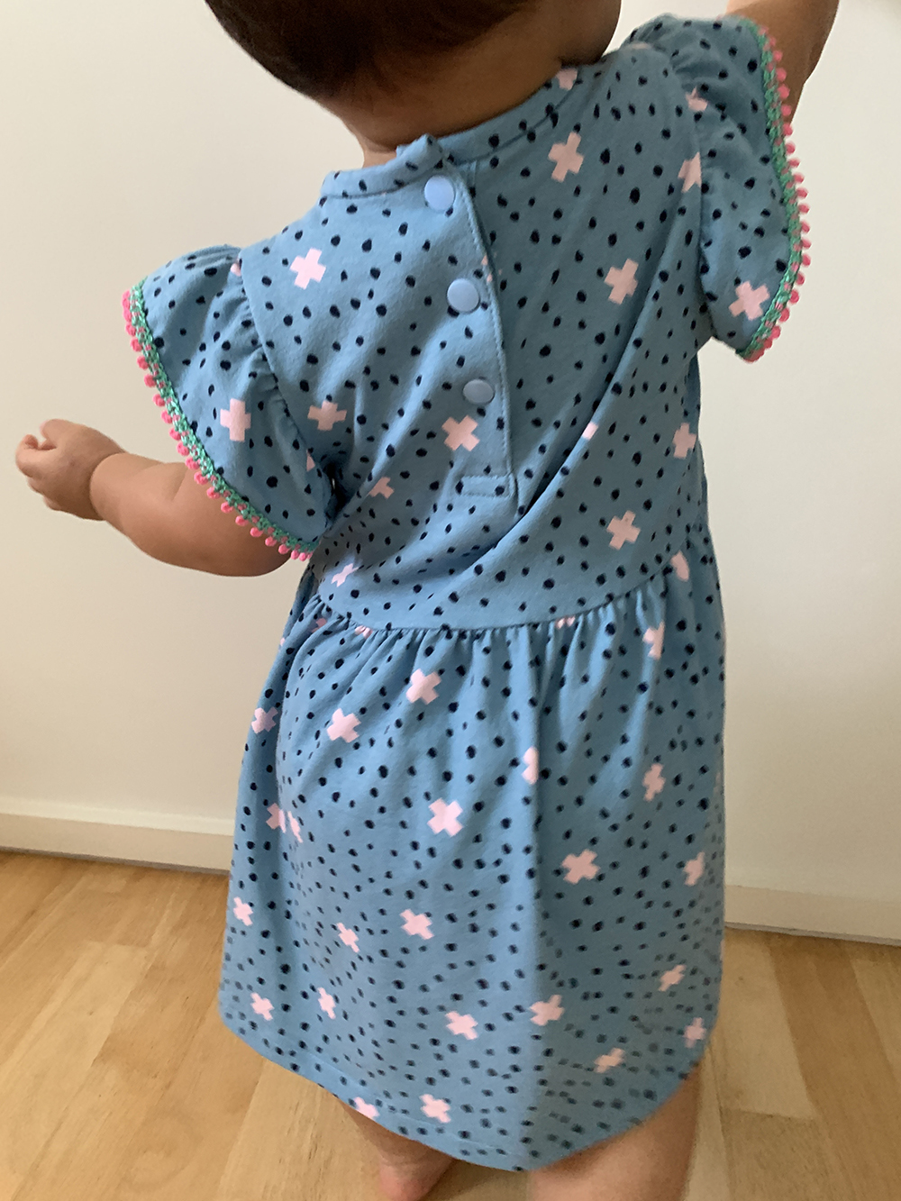 crossanddots-dress-kids-back.jpg
