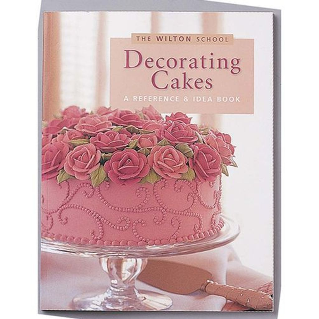 902-904 DECORATING CAKES A REFERENCE & IDEA BOOK.jpg