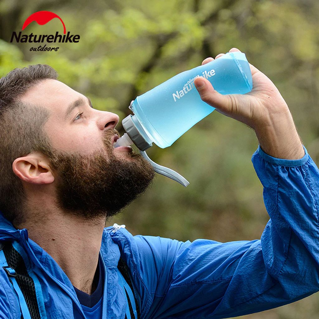 NatureHike-Sport-Bottle-Water-Bottles-Outdoor-Portable-Silicone-Folding-kettle-With-Straw-Bicycle-Water-750ml.jpg
