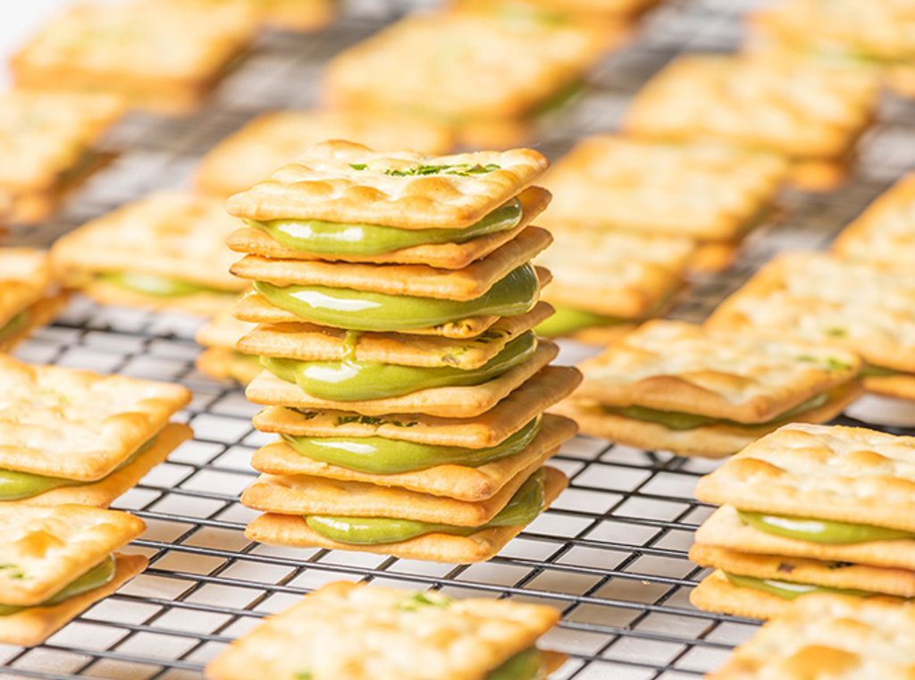 Min't Homemade Cakery_Nougat Biscuits_Matcha_210g (1).jpg