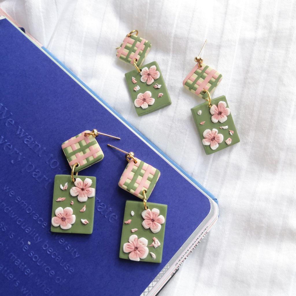 009-2_Checker_Sakura_Diamond_Dangle_Earrings