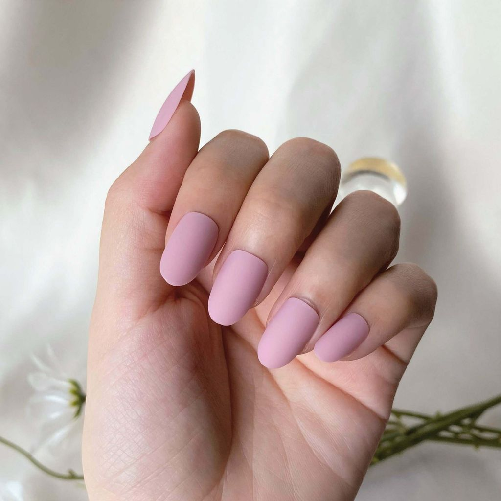C-005 Sweet Memory - Pink Solid Color Press-on Manicure hand.jpg