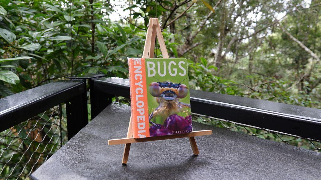 Bugs Encylopedia.JPG