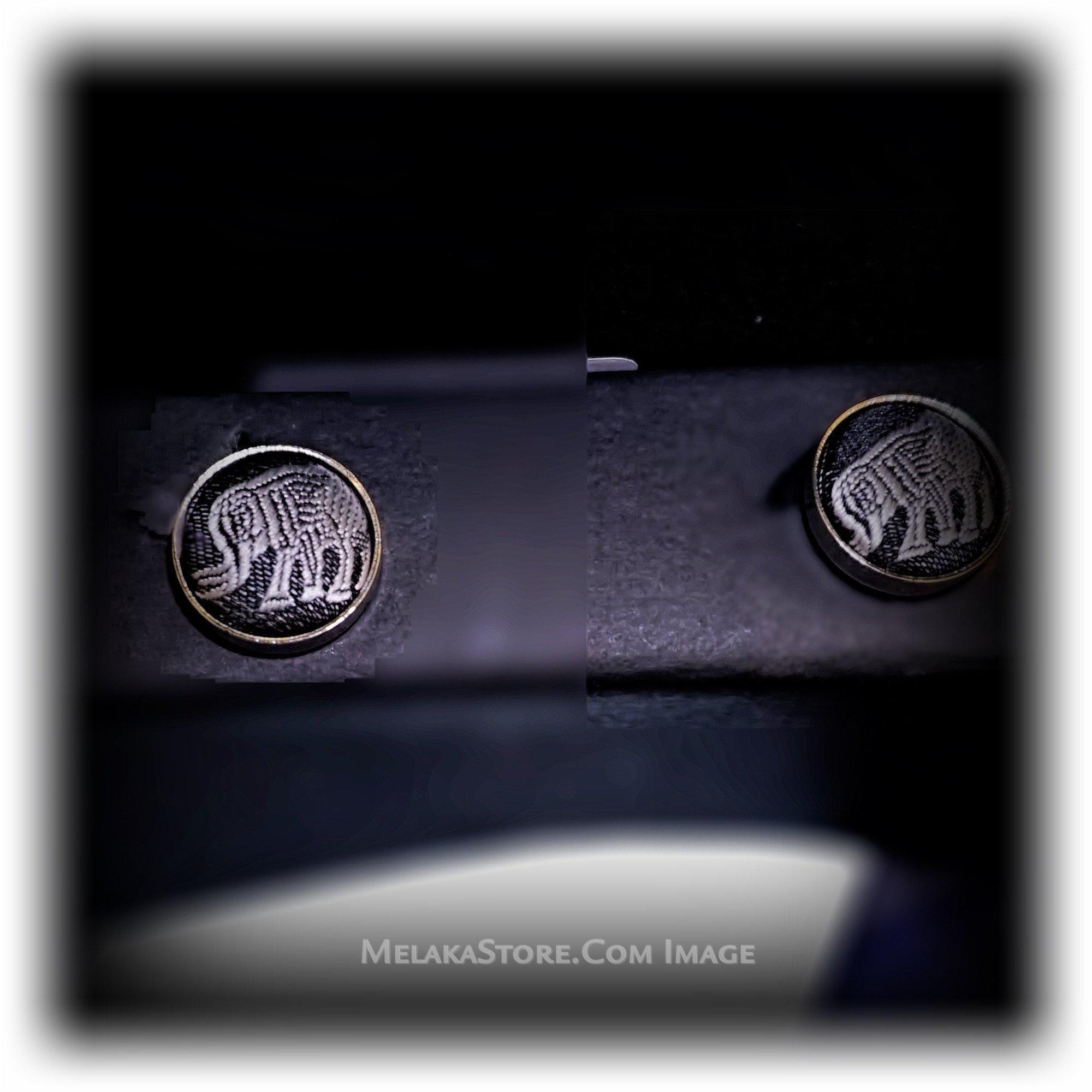 necktie-set-necktie-pocket-square-cuff-link-and-a-tie-bar-set-3.jpg