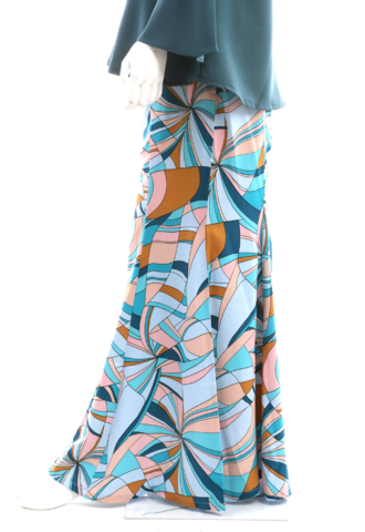Blue Pucchi Skirt side.png