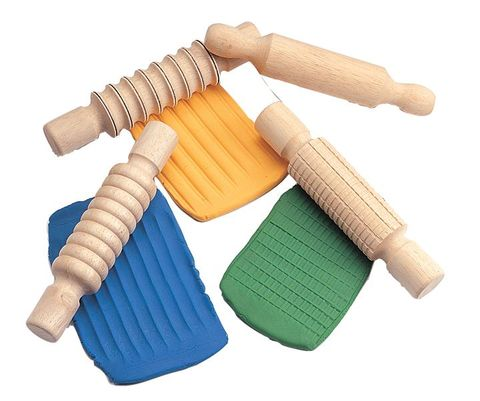 Wooden Rolling Pin Set (4) 2 - 75010.jpeg